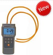 AZ82152數顯式壓力計