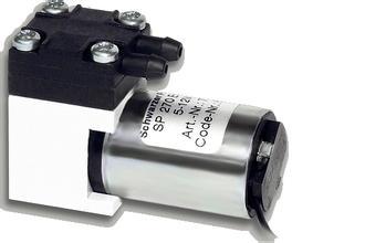 Schwarzer Precision蠕動泵