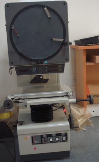 三丰PJA3000投影仪